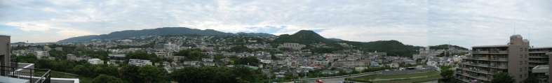 Panoramic_view_of_mt_rokko_from_my_